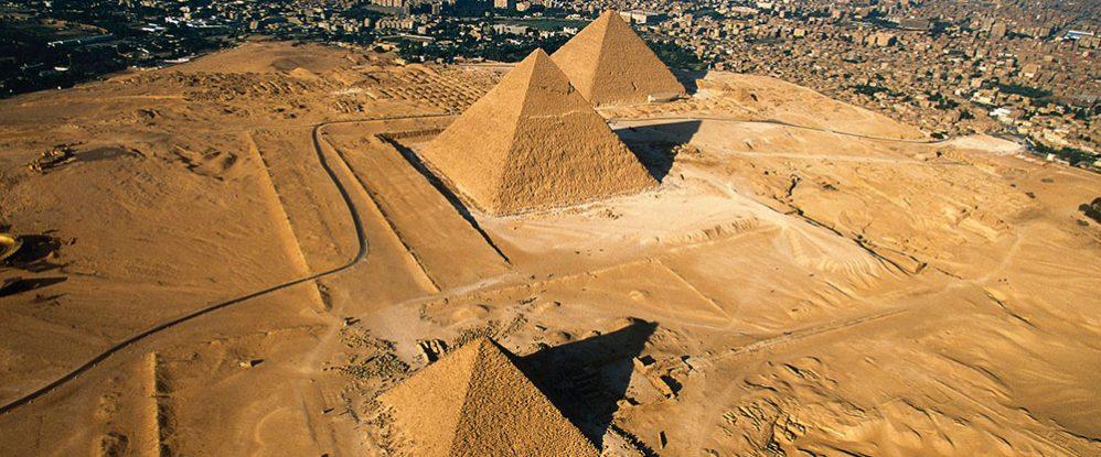 Reportaje-madera-y-piramides