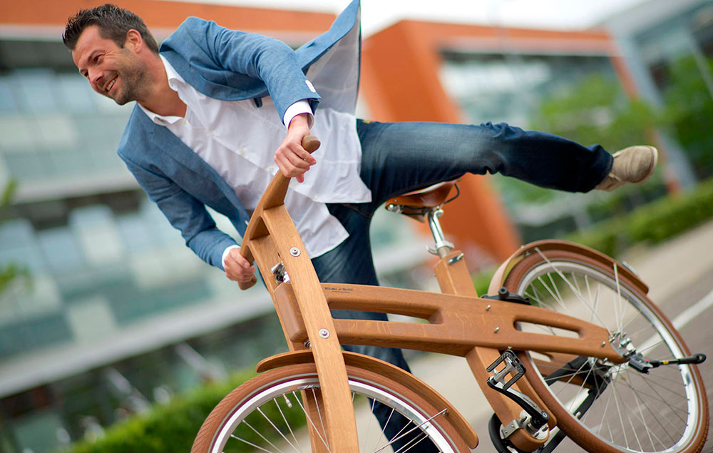 Reportaje-bicicleta-de-madera-1