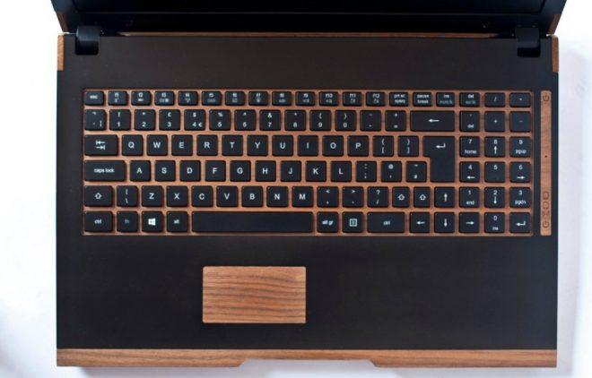 Computador-de-madera-1