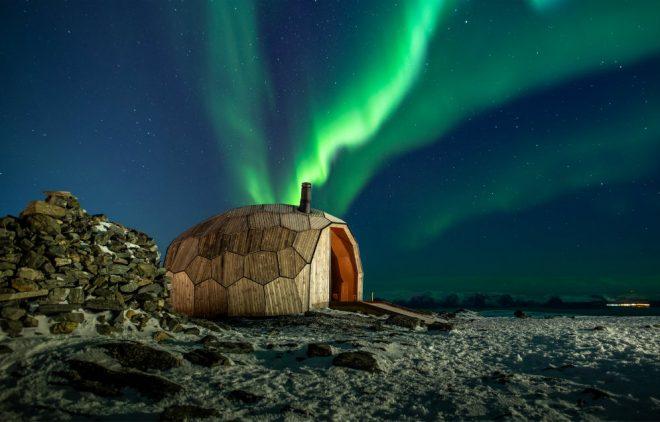 Noticia varden-hammerfest-wooden-cabin-spinn-arkitekter-architecture-norway-mountains_dezeen_1704_col_1