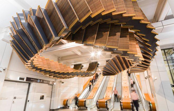 Escaleras mecánicas en madera