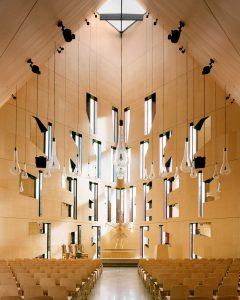 Iglesia Valer de madera