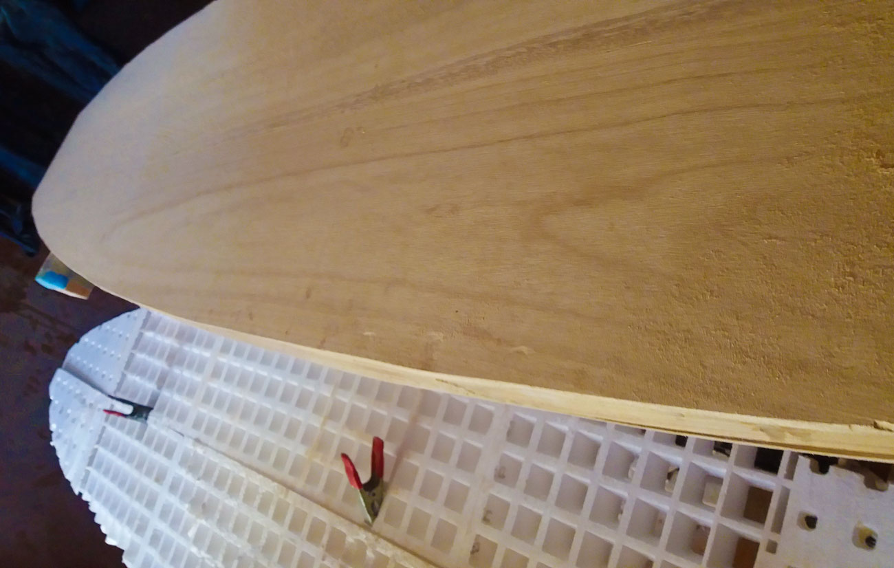 Tabla hecha de madera