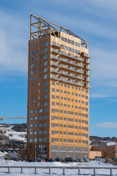 Mjøstårnet en Noruega: la torre de madera más grande del mundo