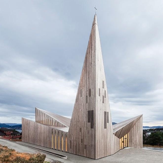 https://www.madera21.cl/wp-content/uploads/2019/05/church-of-knarvik.jpg?x72000