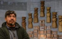escultor mapuche Antonio Paillafil