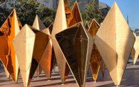 """30 paneles de madera contrachapada componen la instalación """"Forêt"""""""