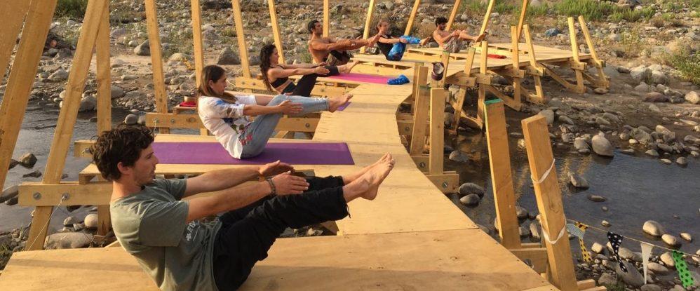 yoga Playa La Carmela