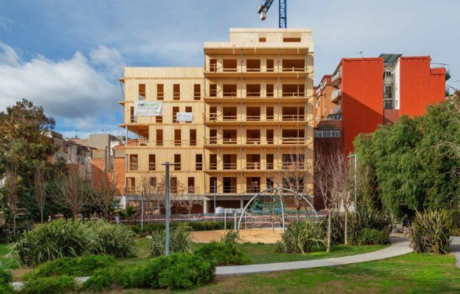 Edificio Cirerers madera