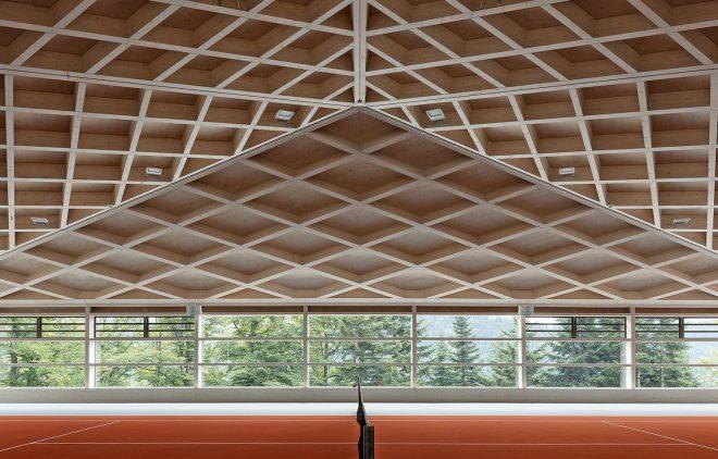 PORTADA _ diamon-domes-tennis-court-clt-roof-swiss-alps-neue-holzbau-russli-architekten_dezeen_2364_hero-1704x959